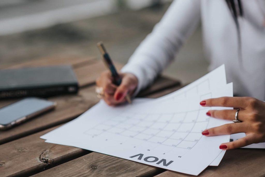 confiez votre strategie editoriale a une redactrice web professionnelle pour gagner en coherence, notoriete et visibilite