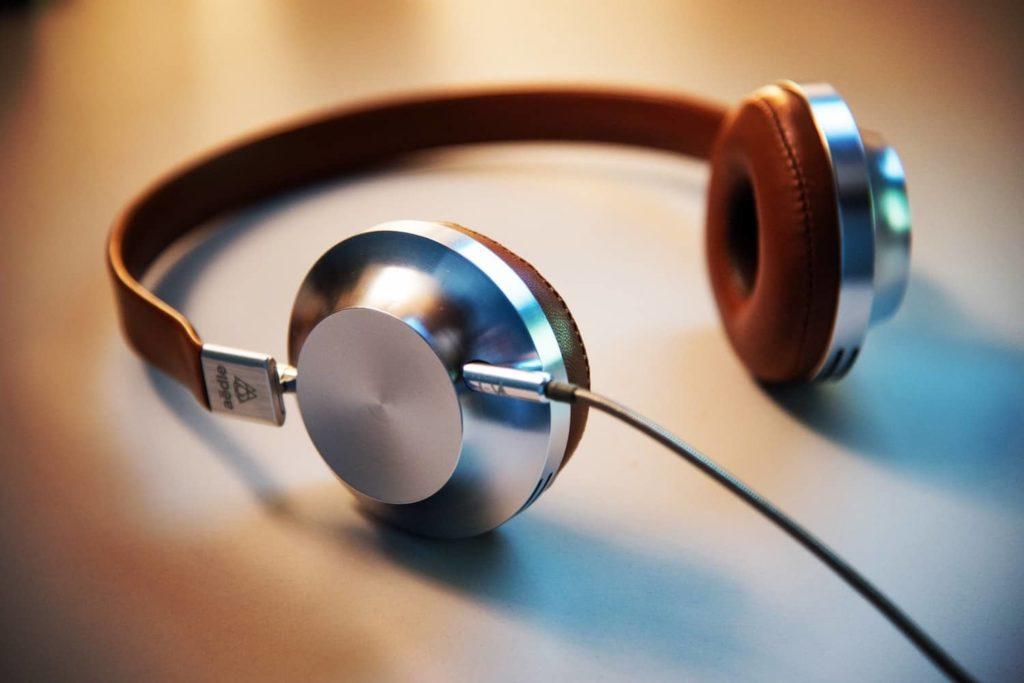 confiez votre enregistrement audio ou video a une professionnelle de la redaction, pour une retranscription de qualite et sans faute d'orthographe