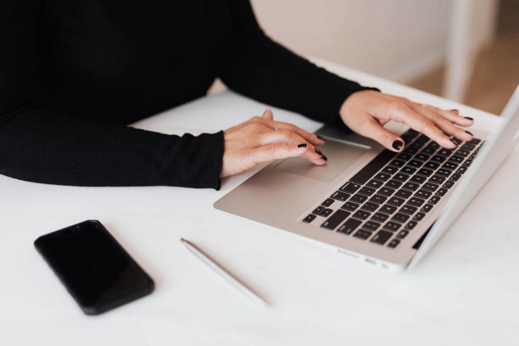 utilisez le batch working pour rédiger des articles de blog plus rapidement et gagner du temps